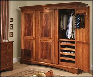 Countertops Wooden Wardrobe Closets: Wooden Wardrobe