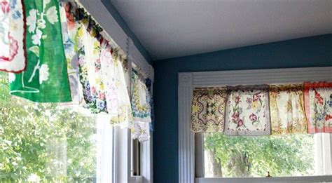 Tutorial: Vintage handkerchief valance ? Sewing