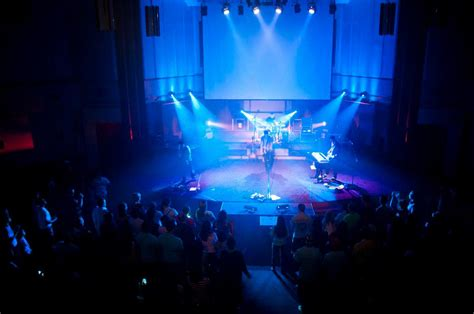 Lighting : Church Stage Design Ideas