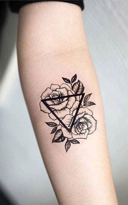 tatuajes pequenos hombre frases  significados imagenes