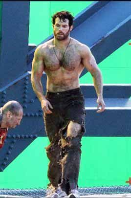 henry cavill swimsuit 204 best images about celebrity workouts on pinterest