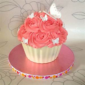 How To Make A Giant Cupcake - She Who Bakes