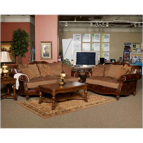 8430338 Ashley Furniture Claremore  Antique Living Room Sofa