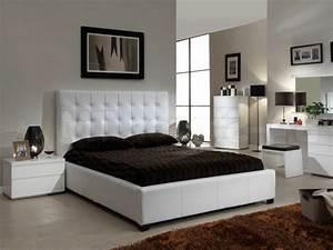 decoration petite chambre a coucher 3 noir blanc gris With chambre blanche et noire
