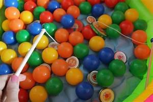 Kindergeburtstag Spiele Für 4 Jährige : kleines freudenhaus geburtstagssause partyspiele zirkus futter und dekoideen f r 2 j hrige ~ Whattoseeinmadrid.com Haus und Dekorationen