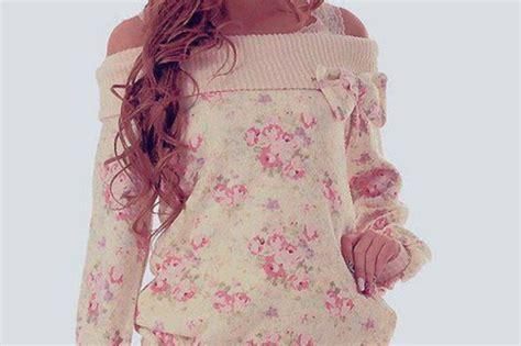 Women, Pink Flowers, White, Kawaii, Cute, Sweet, Pink, Floral, Flowers, Sweatshirt, Nod