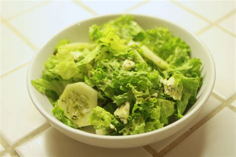 picture of green salad lettuce penchant for produce