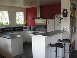 cuisine entierement equipee ouverte sur salon sam maison With plan de travail bar cuisine americaine