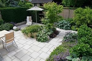 Gartengestaltung Kleine Gärten Bilder : gestalten mit holz metall naturstein herrhammer g rtner von eden ~ Frokenaadalensverden.com Haus und Dekorationen