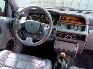 Renault Clio Boite Automatique : front panel renault clio baccara 39 1991 94 ~ Gottalentnigeria.com Avis de Voitures