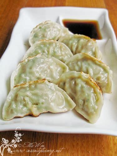 korean dumplings mandu korean dumplings recipes dishmaps