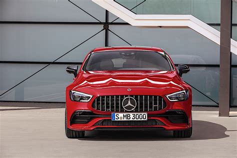 Mercedes-benz Reveals Its Premieres For The 2018 Paris
