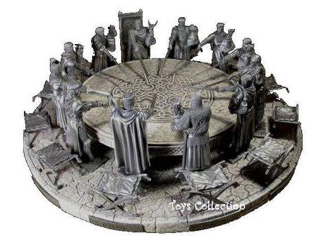 les chevaliers de la table ronde historique etains du graal etain