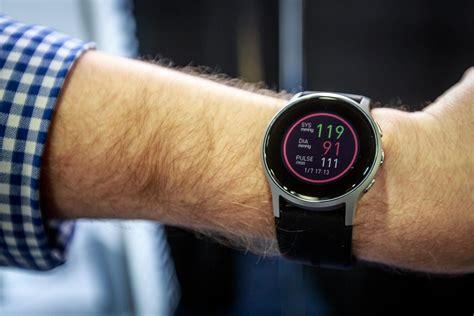 omron anuncia  reloj inteligente  mide tu presion
