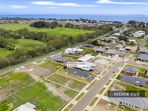 Lot 34  44 Pardolote  St Leonards Vic 3223