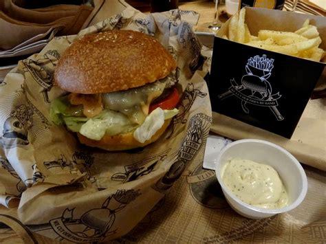 cuisine des etats unis manhattn 39 s nouveau restaurant burger à bruxelles