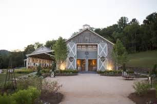 the farmhouse wedding venue 50 most wedding locations in the us from brides venue safari