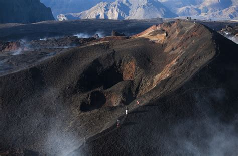 Thorsmork Volcano Super Jeep And Hiking Tour Guide To Iceland