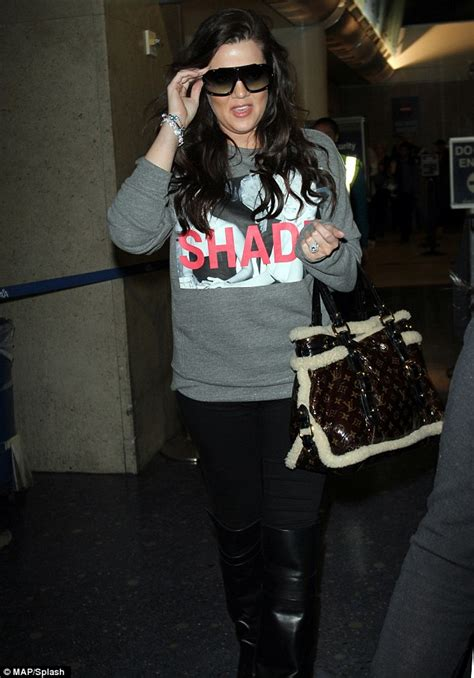 dailynews american style: Khloe Kardashian arrives back at ...