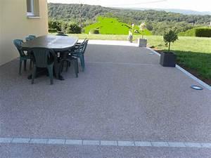 Beton Fliesen Terrasse : terrasse en b ton d sactiv ~ Michelbontemps.com Haus und Dekorationen