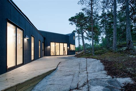 Spectacular House Surrounded By Moat by Modern House Surrounded By A Spectacular Forest 171 2 Pm