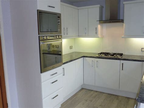 Quality Kitchen Cabinet Doors by Bevelled Edged Matt White Kitchen Cupboard Doors To Fit