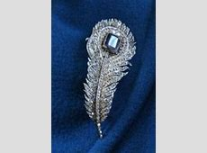 Diamond Database The Queen's brooches • The Crown Chronicles