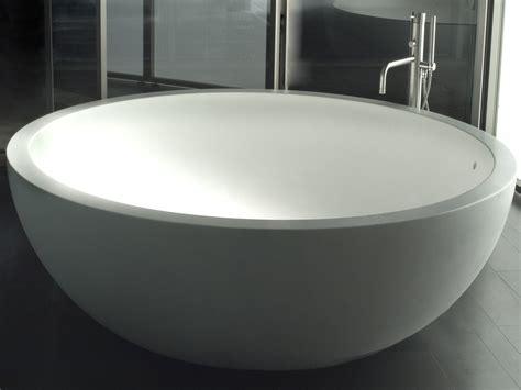vasca in corian i fiumi vasca da bagno by boffi design claudio silvestrin