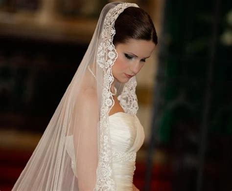 Wedding Hairstyles With Veil : 15 Photo Of Long Hairstyles Veils Wedding