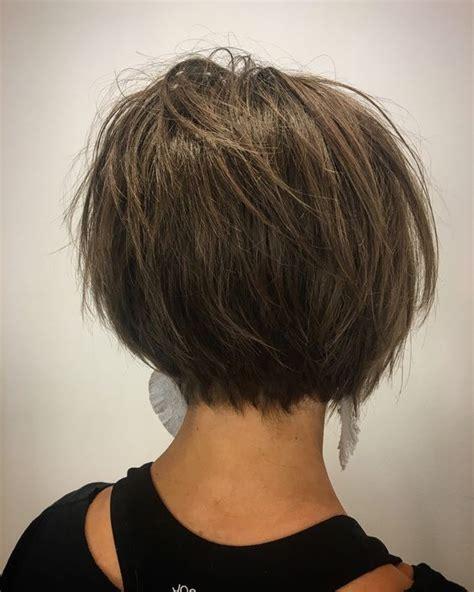 Razored Bob Hairstyles by Best 25 Razor Haircuts Ideas On Razor