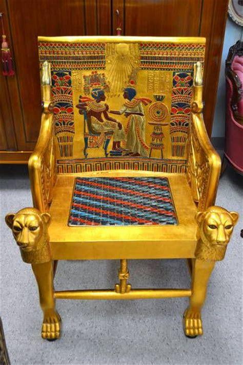 king edwards chair replica fabulous king tutankhamen throne chair museum