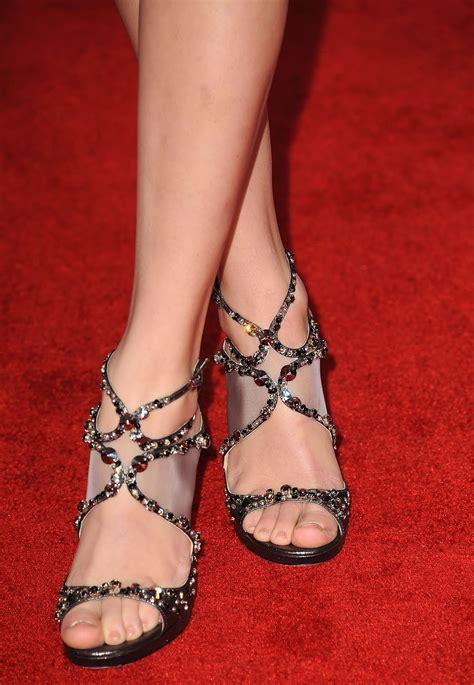 celebrity feet taylor swift