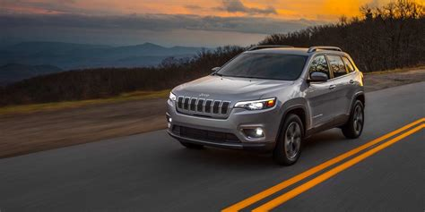 jeep cherokee cuv photo  video gallery