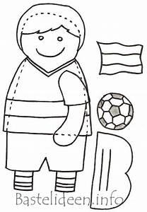 Laubsgearbeit Kostenlose Bastelvorlage Fussball Junge