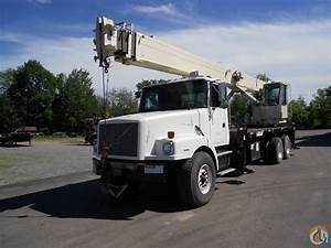Sold 1999 National 13105 On Volvo Wg64 Crane For In
