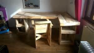 Plan Bureau En Palette by Diy Pallet Corner Desk And Pallet Table Pallets Designs