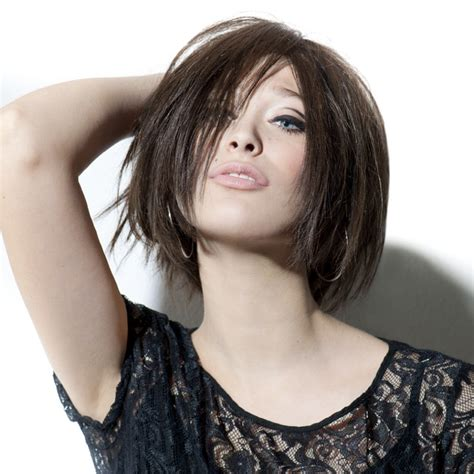 Pictures Of Hairstyles by Strandy Bob With The Hair Cut To The Same Length All