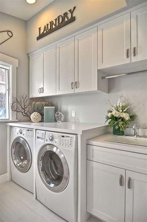 Decorating Ideas For Small Laundry Room by The 25 Best Small Laundry Rooms Ideas On
