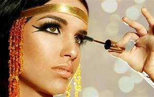 Ancient Egyptian Eye Makeup – Just Trendy Girls