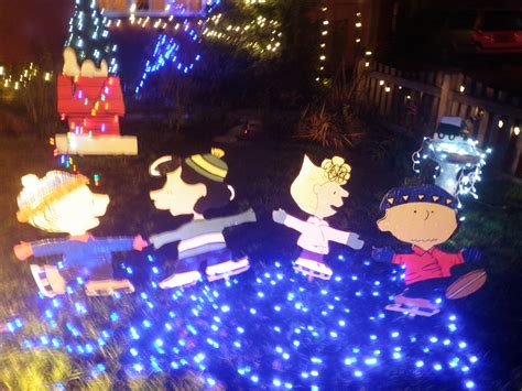 peanuts christmas decorations outdoor theamphlettscom