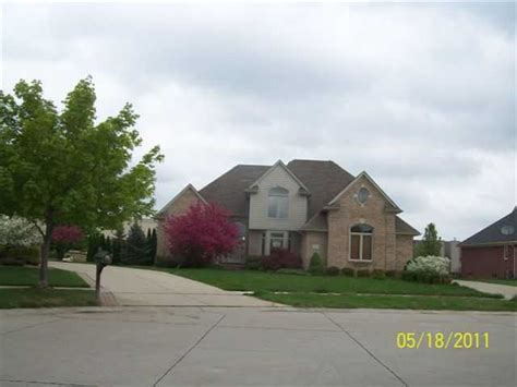 40665 riverbend dr sterling heights michigan 48310
