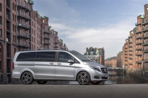 New Mercedesbenz Vclass Wins Renowned Design Prize