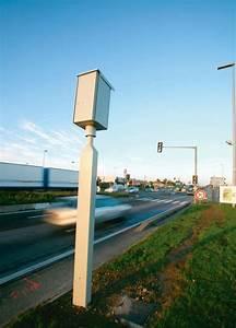 Feu Rouge Radar : radar feu rouge les voitures ~ Medecine-chirurgie-esthetiques.com Avis de Voitures
