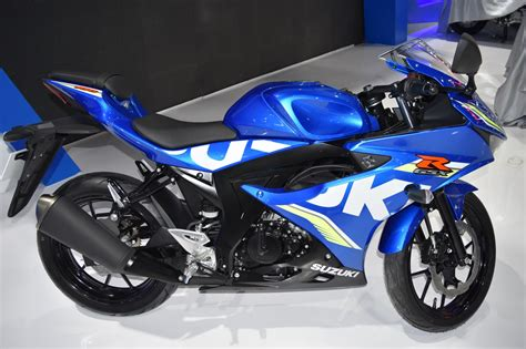 2018 suzuki gsx r150 new white colour variant launched in indonesia