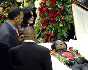 2006 / Funeral of James Brown - Michael Jackson Photo ...
