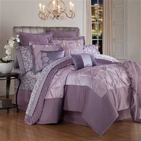 romance in the bedroom depends on the colors