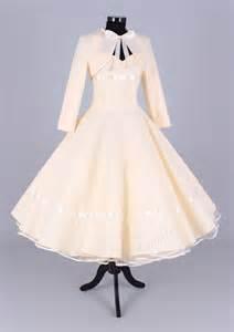 annees de mariage 1000 idées sur le thème robes mariée des ées 50 sur mariage des ées 50 robes