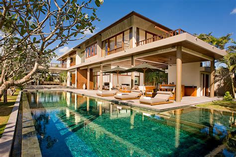 Stunning Images Swimming Pools For Houses by Beautiful House Luxury Rich Swimming Pool Image