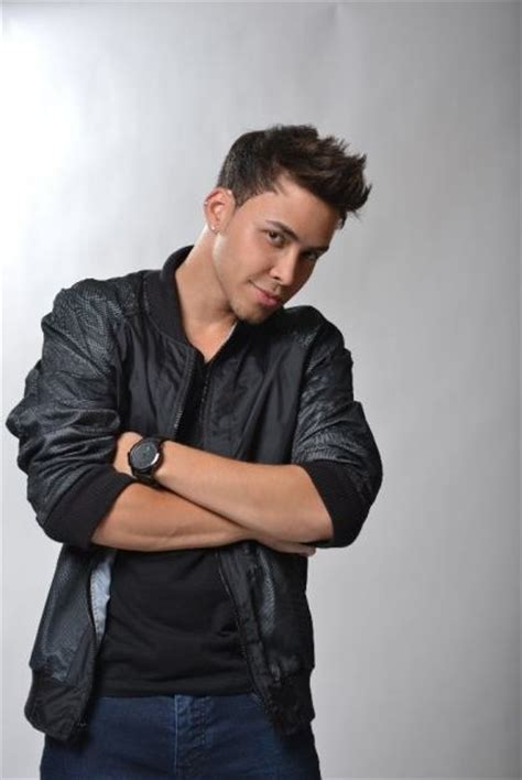 6 prince royce haircuts that fans the most