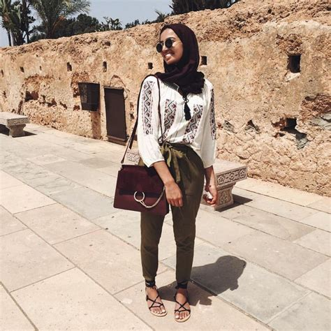 25+ Best Ideas about Hijab Fashion Summer on Pinterest | Hijab outfit Hijab fashion casual and ...